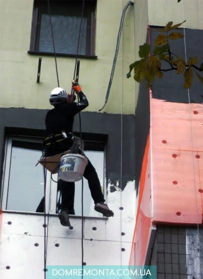 мастер по утеплению балкона